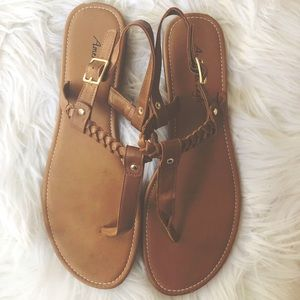 AMERICAN EAGLE OUTFITTERS || Sandals